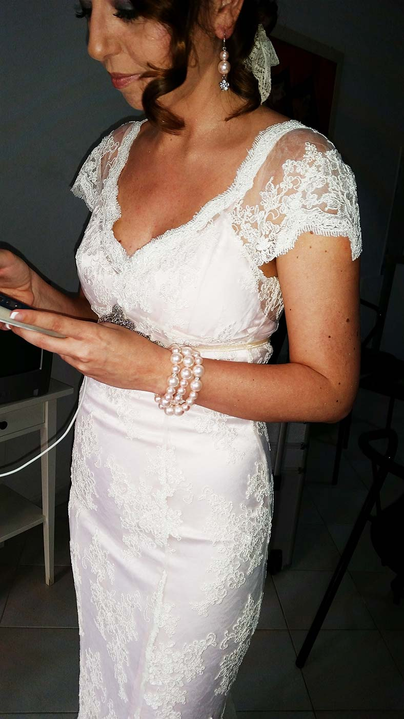 secondo abito da sposa con pizzo