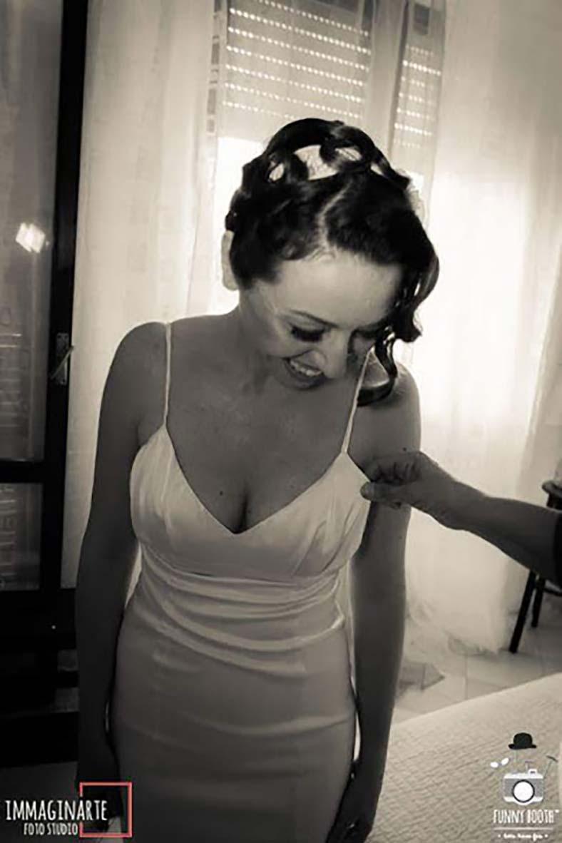 abiti sposa seno piccolo scollatura