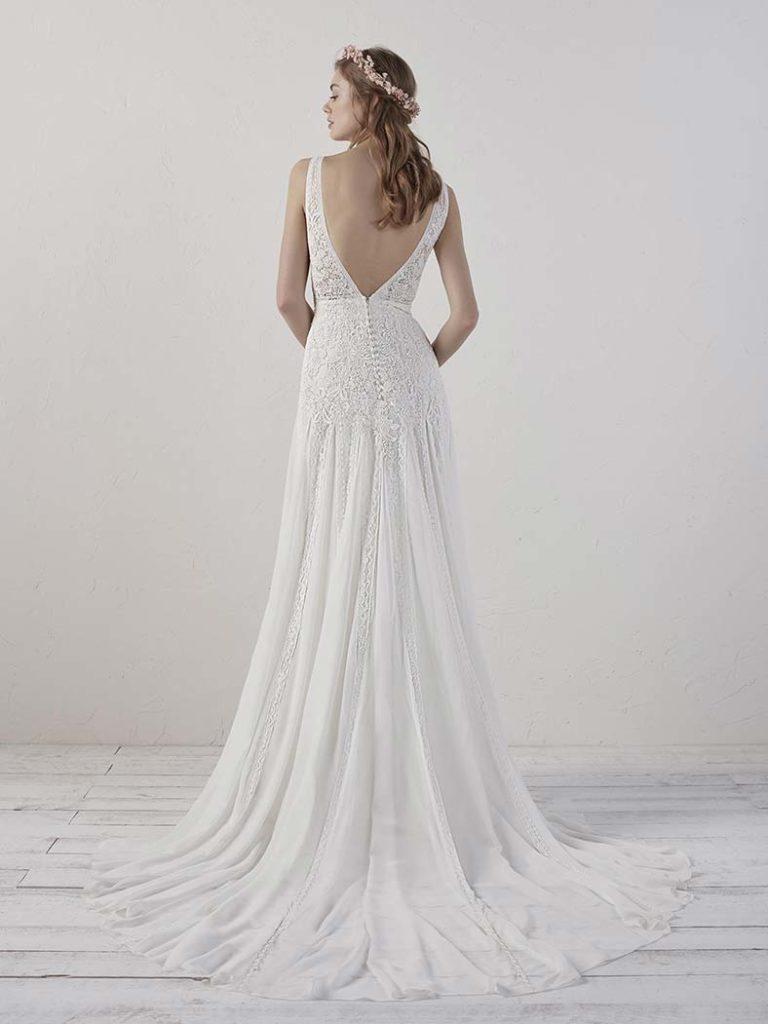 abito da sposa con schiena nuda