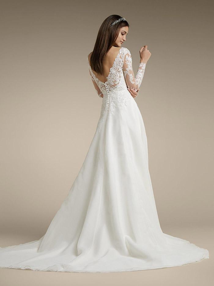 abiti da sposa con maniche lunghe schiena scoperta