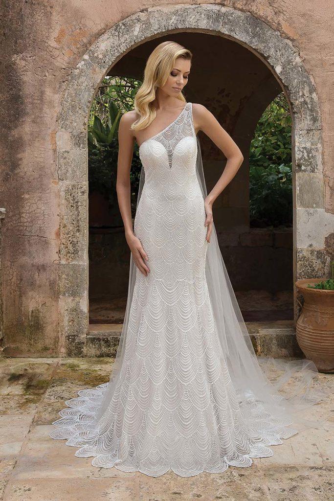 abiti da sposa asimmetrici