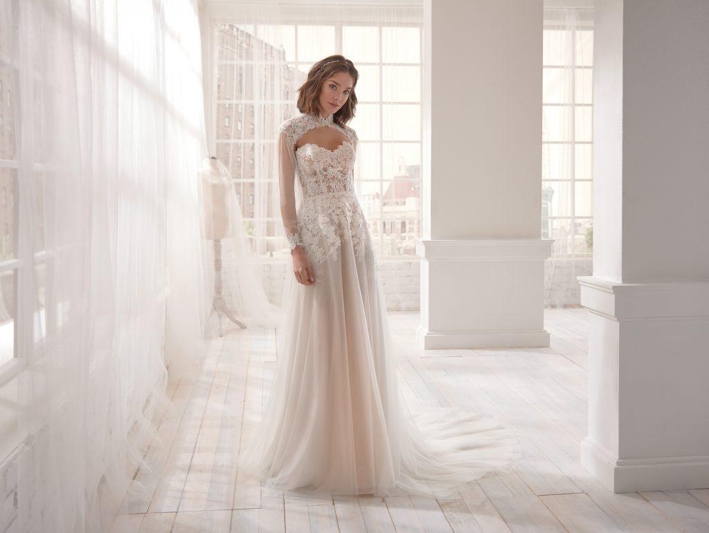 abito sposa collo alto coreana maniche lunghe