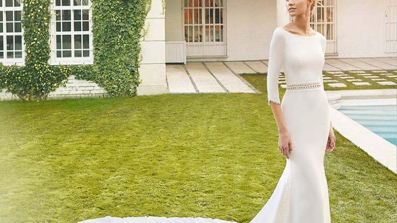 abiti da sposa con maniche tre quarti in crepe