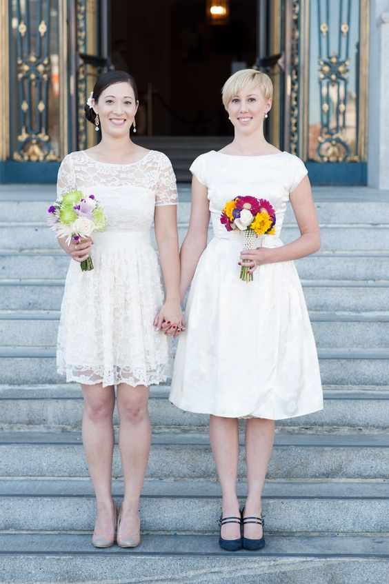 coppie spose gay abiti arcobaleno