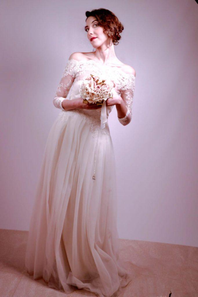 abito da sposa con gonna in tulle